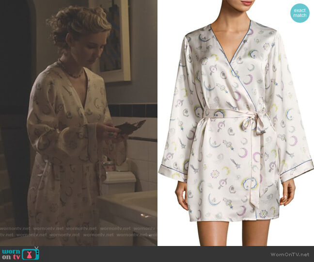Langly Silk Robe by Morgan Lane worn by Scarlett O'Connor (Clare Bowen) on Nashville