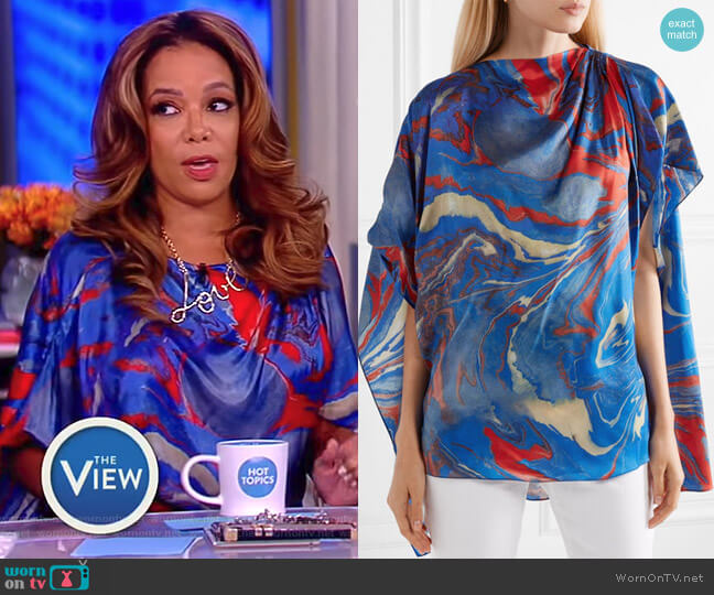 Cape-effect marbled crepe de chine top by Rosie Assoulin worn by Sunny Hostin  on The View