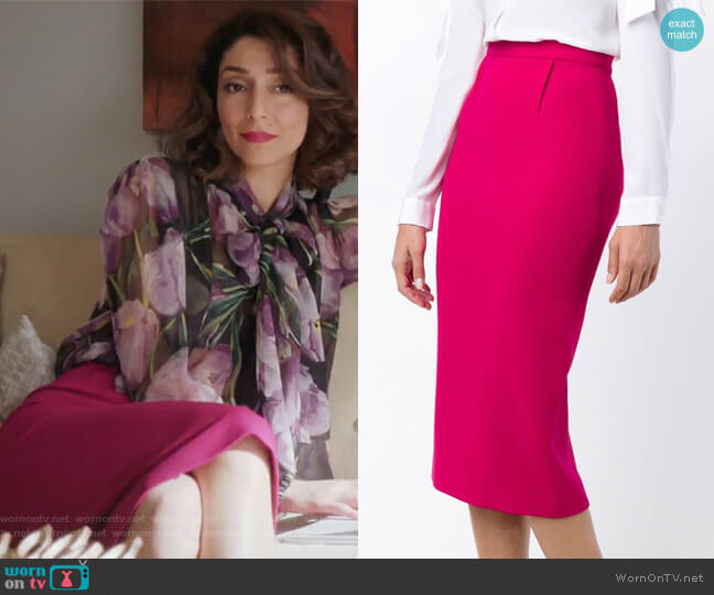 'Arreton' Double Wool Pencil Skirt by Roland Mouret worn by Delia (Necar Zadegan) on GG2D