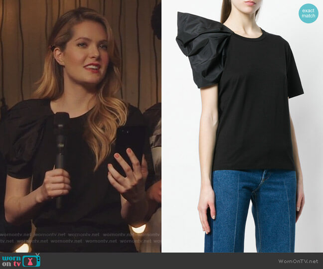 Asymmetric Sleeve T-shirt by Stella McCartney worn by Meghann Fahy on The Bold Type