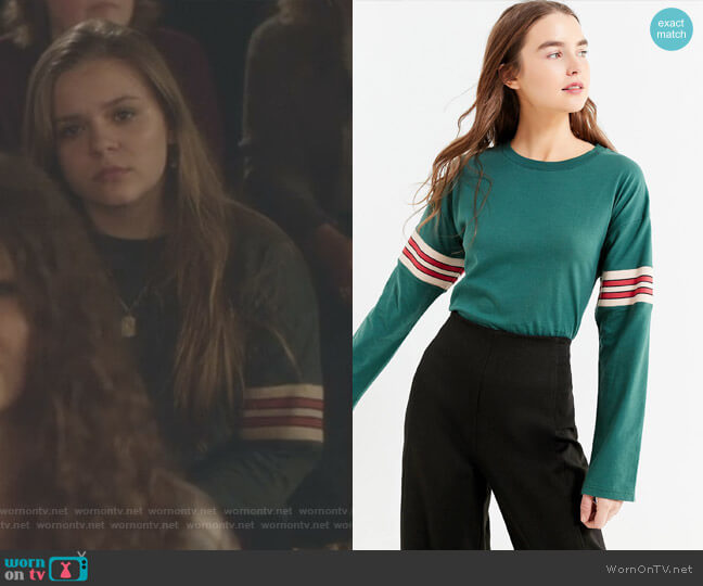 Tipped Striped Long Sleeve Tee by Urban Outfitters worn by Maisy Stella on Nashville