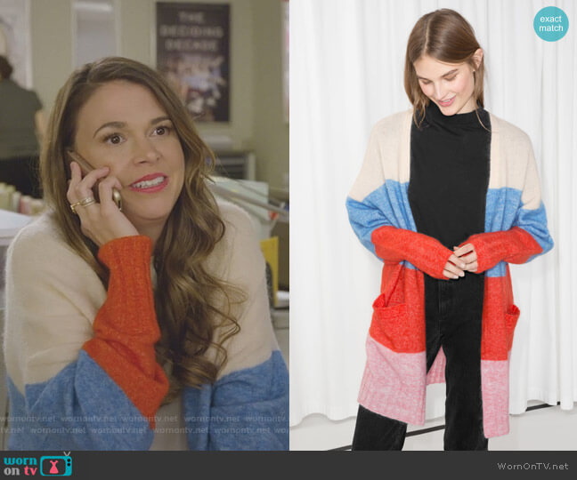 Wool Blend Oversized Cardigan by & Other Stories worn by Sutton Foster on Younger