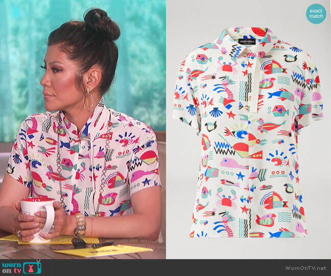 Fish-pattern silk blouse by Emporio Armani worn by Julie Chen on The Talk