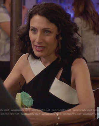 Abby's black and white cutout top on Girlfriends Guide to Divorce