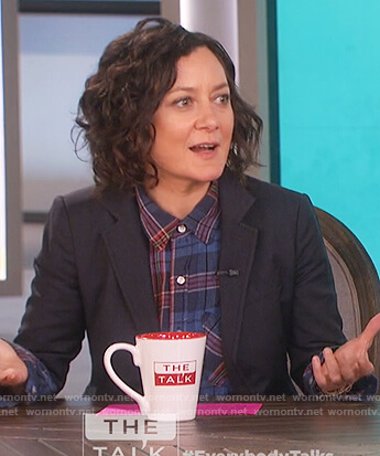 Sara's blue plaid distressed shirt on The Talk
