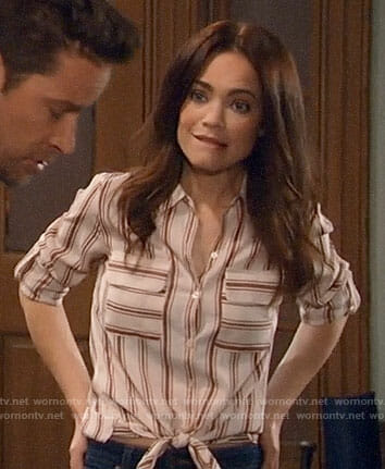 Elizabeth's striped shirt on General Hospital