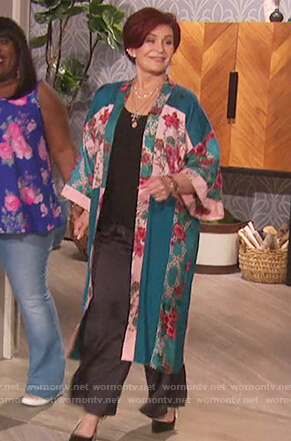 Sharon's green floral print kimono jacket on The Talk