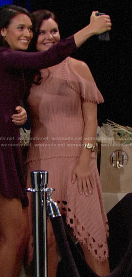 Katie's pink knit cold-shoulder dress on The Bold and the Beautiful