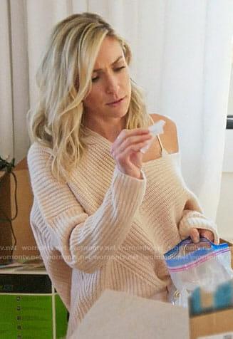 Kristin's blush sweater on Very Cavallari