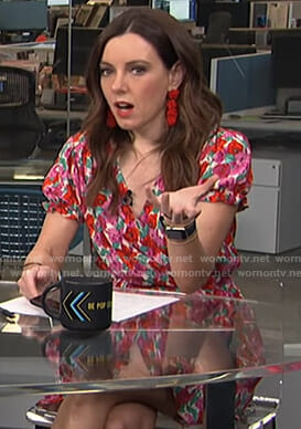 Melanie's floral short sleeve wrap dress on Live from E!