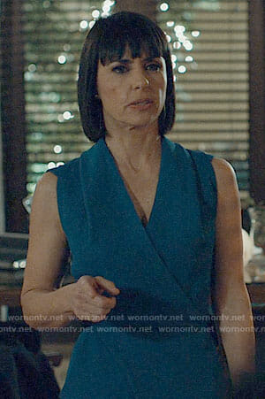 Quinn's blue wrap dress on UnReal
