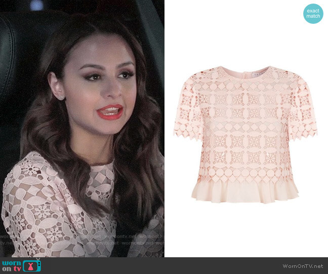 Sandro Claude Top worn by Sofia Rodriguez (Aimee Carrero) on Young & Hungry