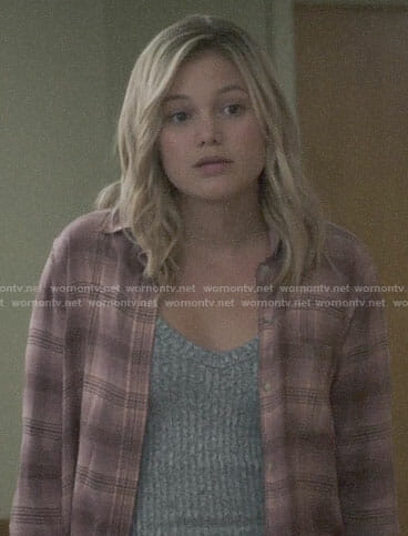 Tandy's pink plaid shirt on Marvel's Cloak and Dagger