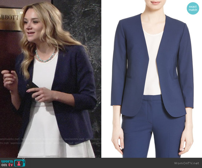 Theory Lindrayia Blazer worn by Hunter King on The Young & the Restless