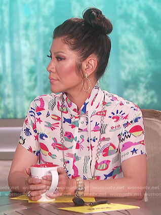 Julie's white fish print blouse on The Talk