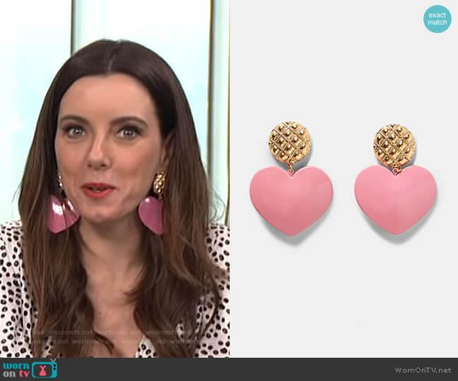 Heart Earrings by Zara worn by Melanie Bromley on E! News