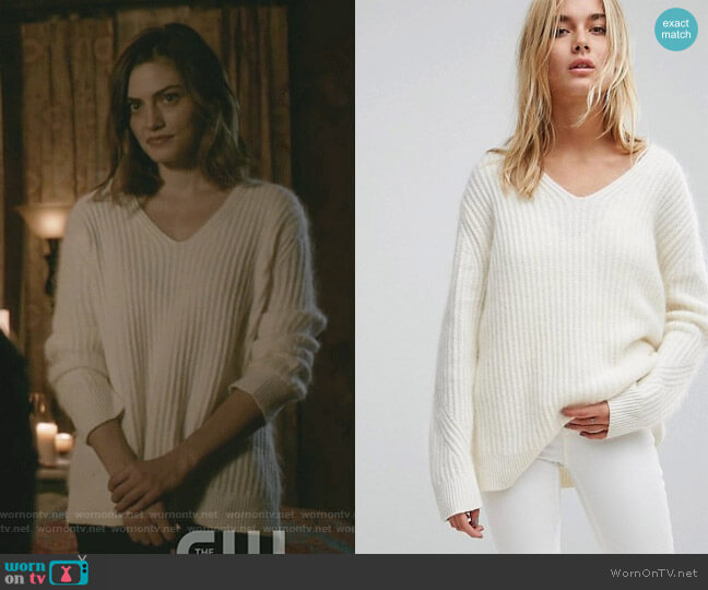Ade Sweater by All Saints worn by Hayley (Phoebe Tonkin) on The Originals