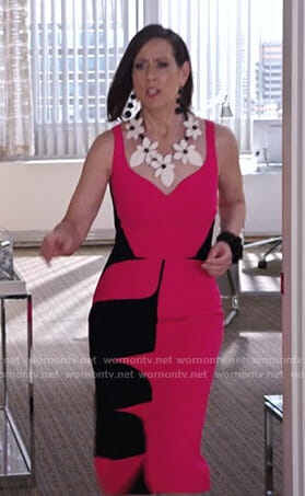 Diana's pink and black sleeveless dress on Younger