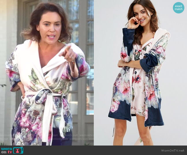 Pure Peony Printed Robe by Ted Baker worn by Alyssa Milano on Insatiable