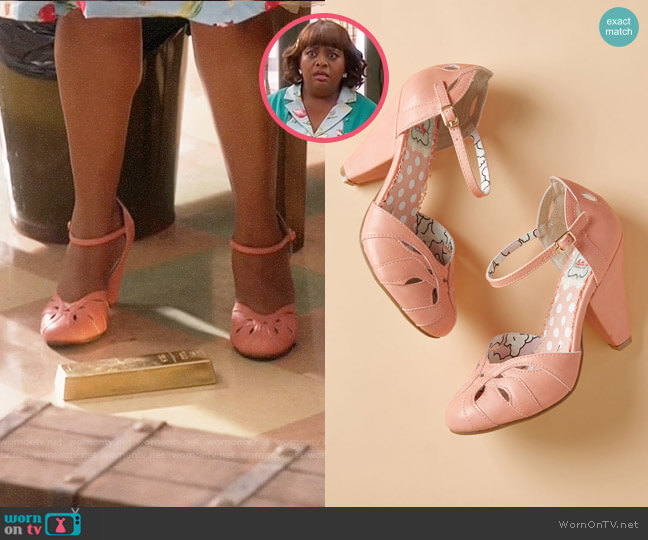 Bettie Page Throwback Brilliance Heel worn by Anne Flatch (Sherri Shepherd) on Trial & Error