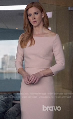 Donna's blush pink sheath dress on Suits