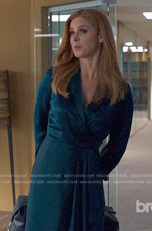 Donna's green wrap dress on Suits