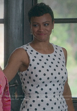 Etta Mae's polka dot dress on Insatiable