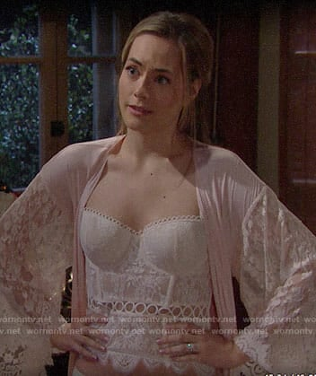 Hope's lace bustier and robe on The Bold and the Beautiful