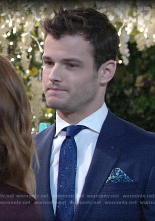 Kyle's blue paisley tie on The Young and the Restless