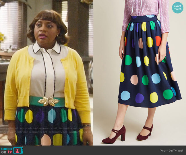 ModCloth Friends Over Pho Midi Skirt worn by Anne Flatch (Sherri Shepherd) on Trial & Error