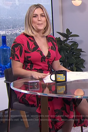 Carissa's pink floral wrap dress on E! News Daily Pop
