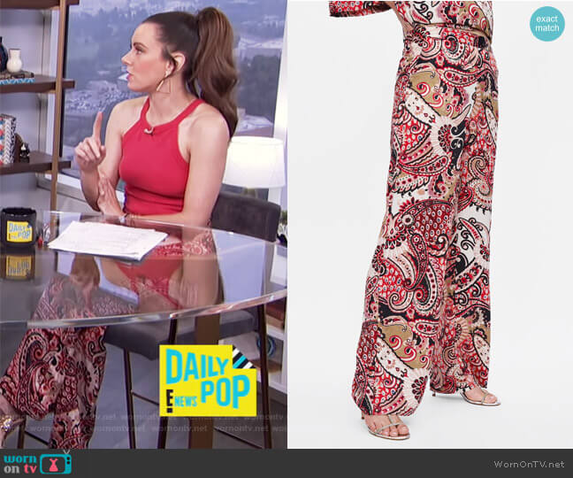 Paisley Print Pants by Zara worn by Melanie Bromley (Melanie Bromley) on E! News