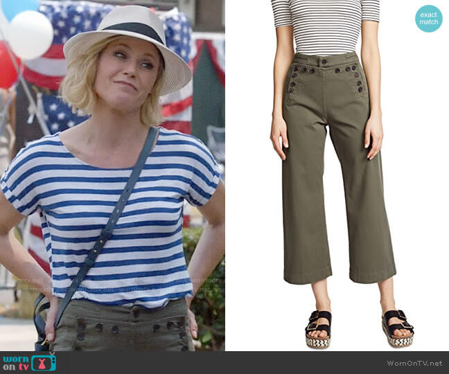 ALC Pierce Pants worn by Julie Bowen on Modern Family