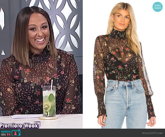 Misha Blouse by Bailey 44 worn by Tamera Mowry (Tamera Mowry) on The Real