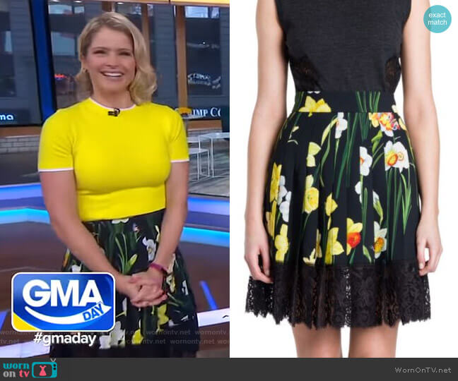 Lace Hem Floral Skirt by Dolce & Gabbana worn by Sara Haines  on Good Morning America