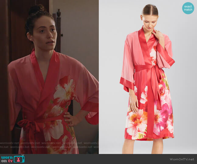 Paradis Wrap by Josie Natori worn by Fiona Gallagher (Emmy Rossum) on Shameless