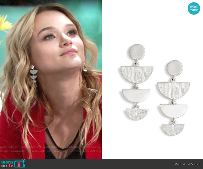Treasure & Bond Etched Chandelier Earrings worn by Hunter King on The Young & the Restless