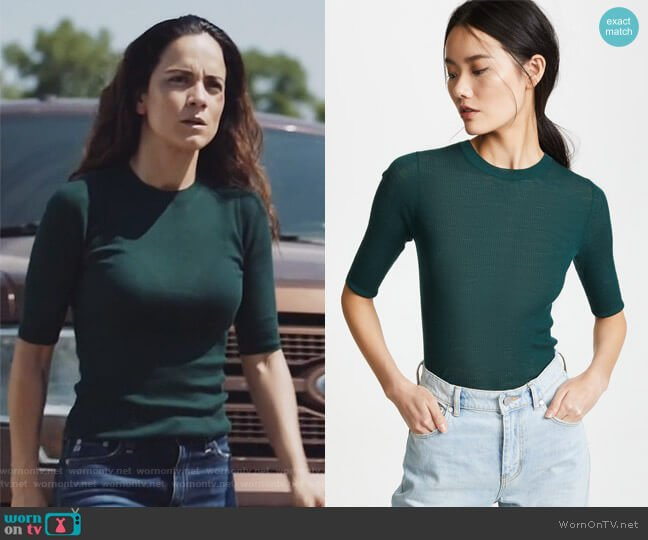 Ribbed Sweater Tee by Vince worn by Alice Braga on Queen of the South
