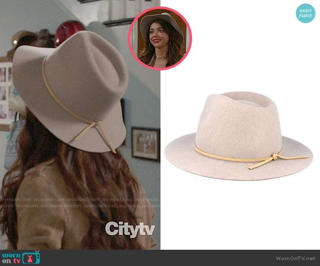 Brixton Wesley Hat in Heather Stone worn by Haley Dunphy (Sarah Hyland) on Modern Family