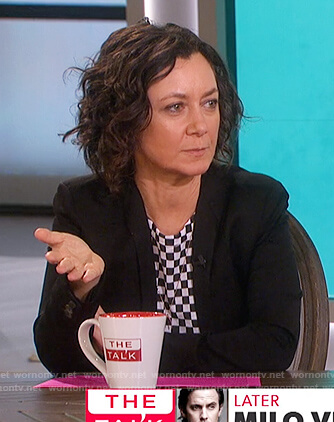 Sara's checker board print tee on The Talk