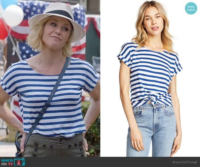 Frame Linen Tie Up Tee worn by Julie Bowen on Modern Family