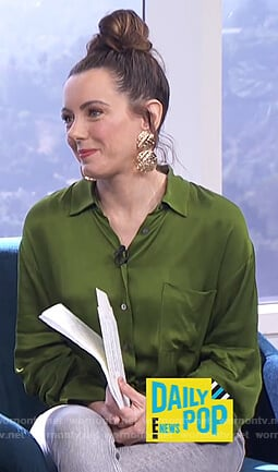 Melanie's green satin blouse on E! News Daily Pop