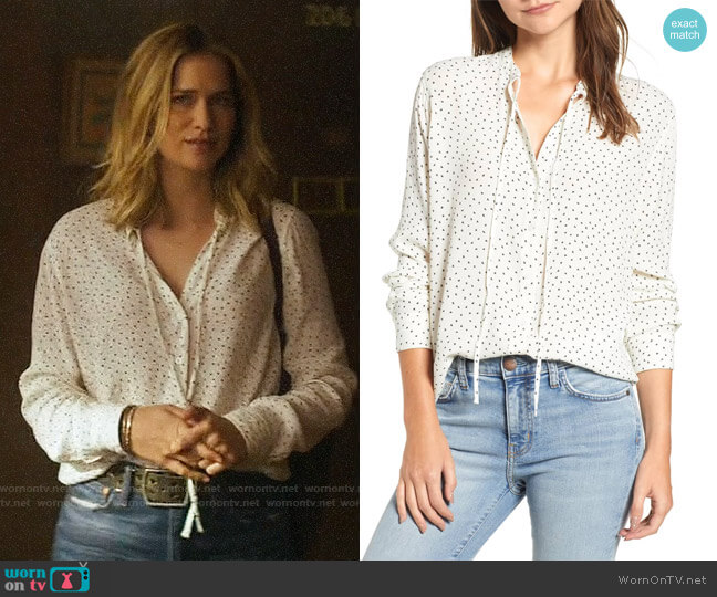 Rails Casey Top worn by Guinevere Beck (Elizabeth Lail) on You