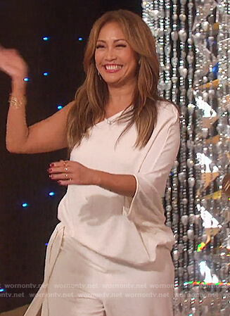 Carrie Inaba's white one-shoulder jumpsuit on The Talk