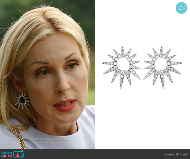 Crystal starburst earrings by Oscar de la Renta  worn by Kelly Rutherford on Dynasty