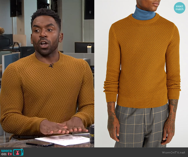 Honeycomb-Knit Sweater by Sandro worn by Justin Sylvester  on E! News