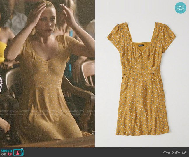Abercrombie & Fitch Bow Back Skater Dress worn by Betty Cooper (Lili Reinhart) on Riverdale
