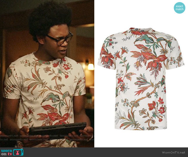 Alexander McQueen Floral T-shirt worn by Echo Kellum on Arrow
