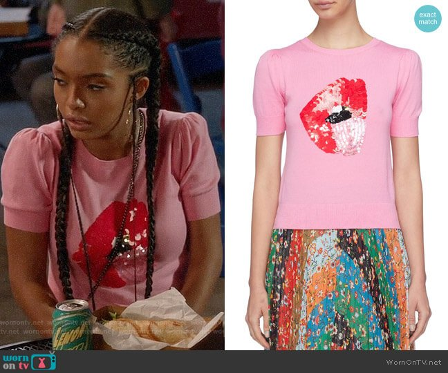 Alice + Olivia x Donald Robertson Brady Sweater worn by Zoey Johnson (Yara Shahidi) on Blackish