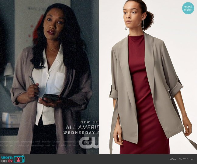 Babaton Kahlo Robe worn by Iris West (Candice Patton) on The Flash